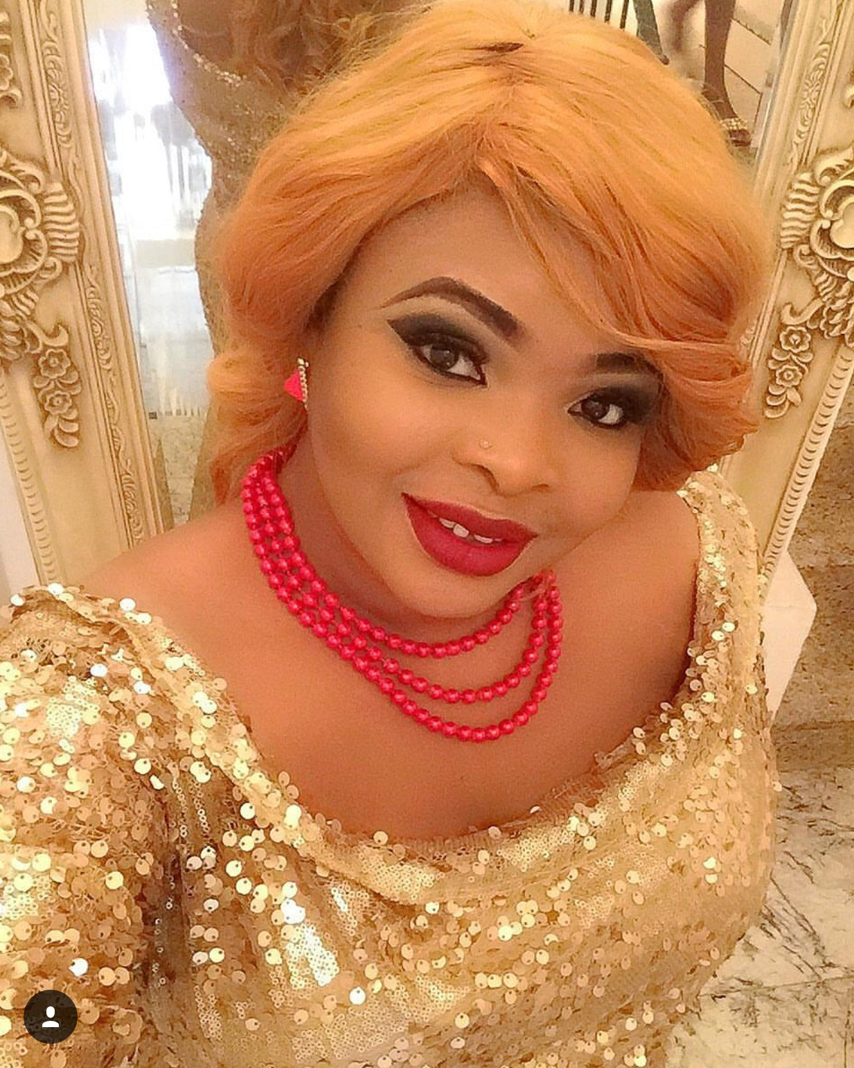 From A Bloggers Desk: Dayo Amusa Bleached Her Skin, So What?