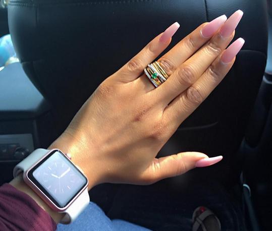 Finally Back Maje! Toke Makinwa Shows Off Wedding Ring