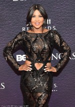 48 Never Looked Better! 7 Time Grammy Winner Tony Braxton Makes Rare Red Carpet Appearance At BET Honors And She Looks Amazing!