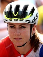 #Rio2016:Dutch Cycling Champion Fractures Spine In Crash Metres Before Finish Line