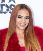 OOPS!! Badboy Records First Lady – Faith Evans Exposes Private Part During Stage Performance At Badboy Reunion Tour (Video Inside)
