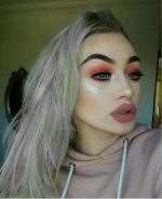 OMG! Super-Fan Goes Through Extreme Surgery To Look Like KYLIE JENNER And Ends Up Turning Her Skin To Plastic, Now She Cant Make Any Facial Expressions