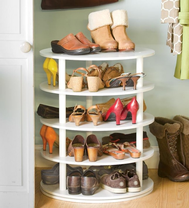 10-29-13-rotating-shoe-rack-645x709