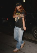 Rihanna Bags Shoe Of The Year Award