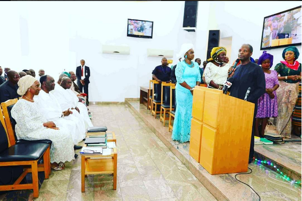 aso-villa-chapel-thanksgiving-service2-600x401
