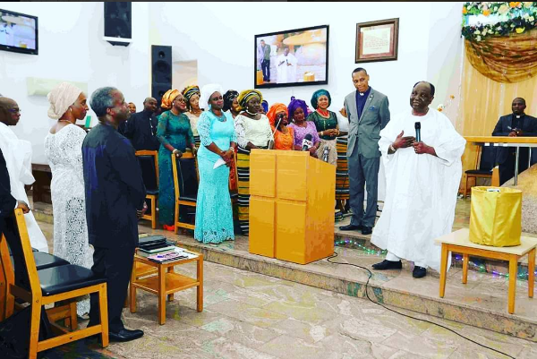 aso-villa-chapel-thanksgiving-service4-600x401