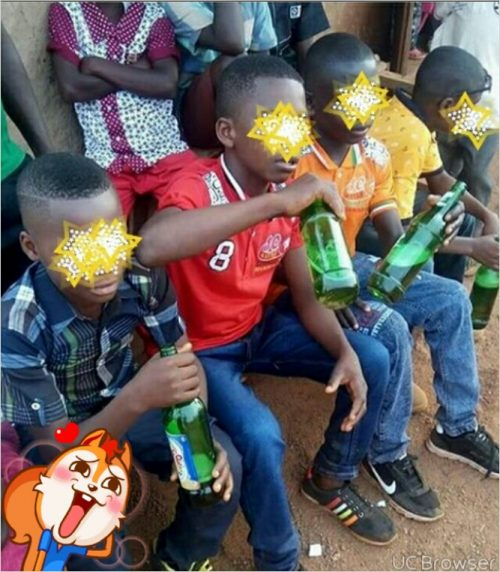 Check Out These Little Boys 'Shacking'  Beer For Christmas In Benue
