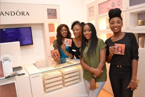 Fans Flood Aramide's Autograph Session For 'Suitcase' Album In Abuja