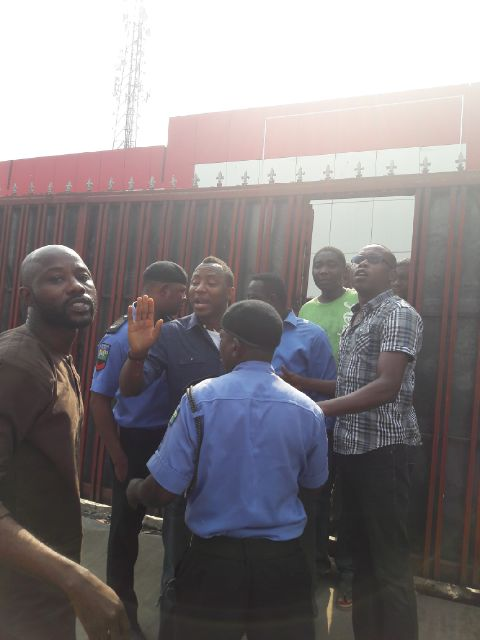 Photo: Police Arrest Sahara Reporters Publisher Omoyele Sowore