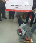LOL: Man Faints After He Wins N10Million From Airtel Promo