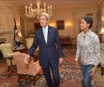 Nigerian Teenage Advocator, Zuriel Oduwole Meets US Secretary Of State, John Kerry[Photos]