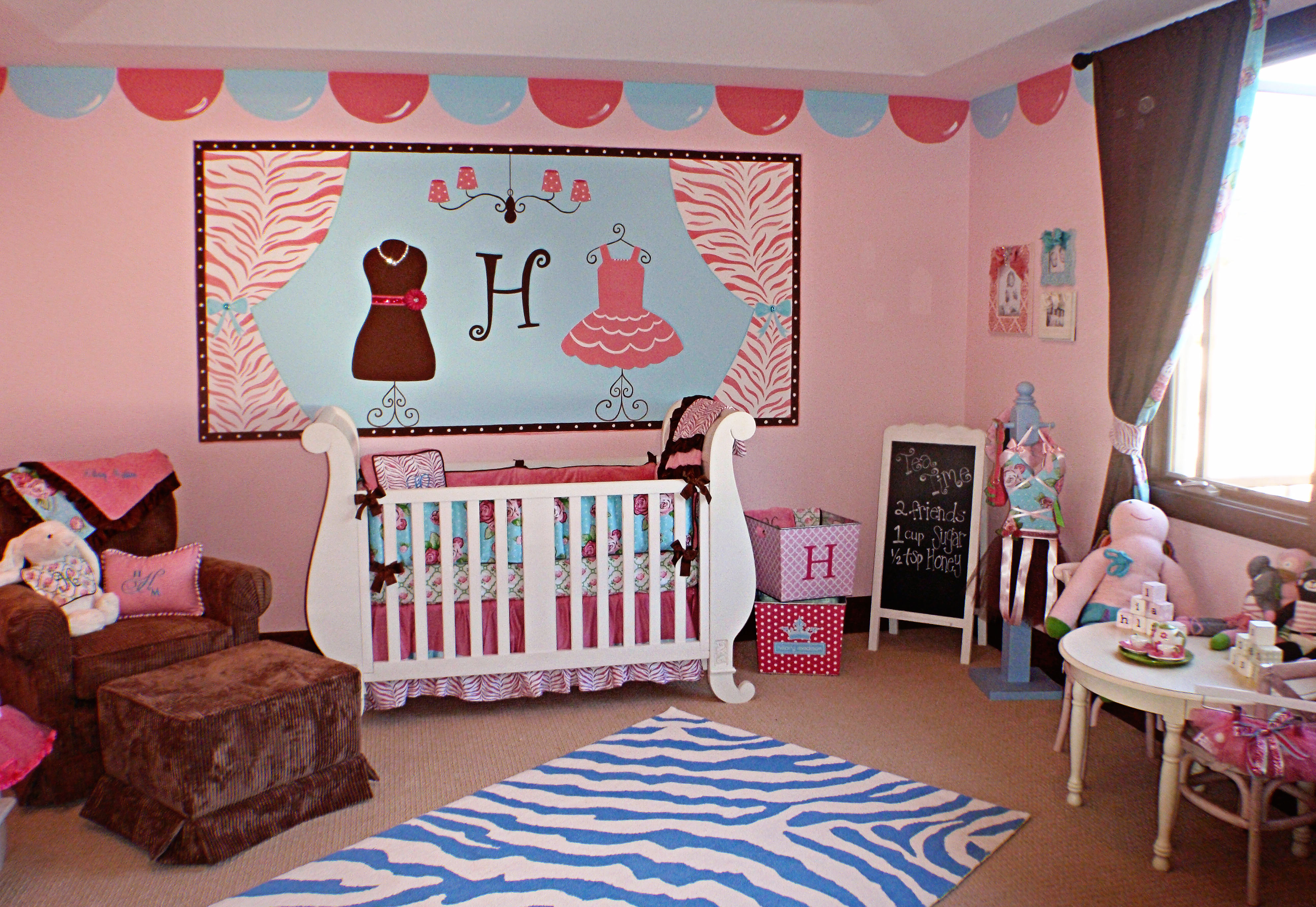 Baby escapes crib youtube - Gorgeous Interior Design Ideas For Baby Rooms