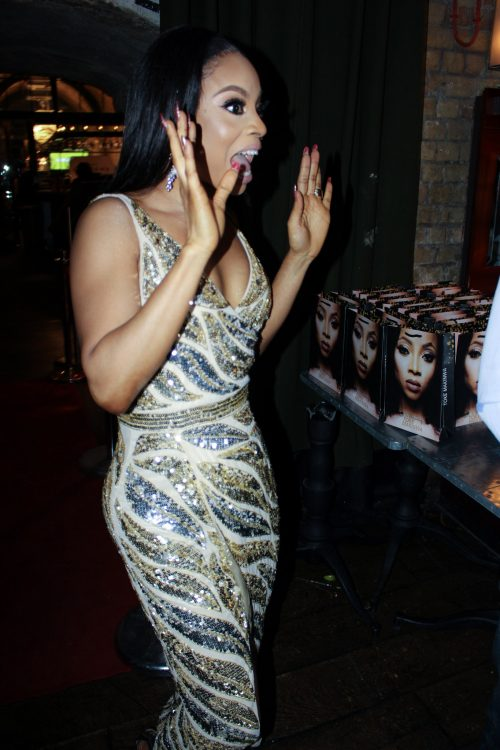 PHOTOS: Toke Makinwa Defies Lawsuit, Enjoys London Book Tour With Sellout Crowd