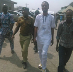 Celebrity Fraudster, Seun Egbegbe & His Cohort Granted N5m Bail
