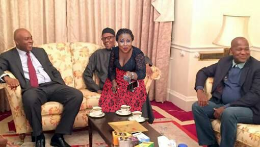 HILARIOUS! Look At What This Lady Did To Buhari's Photo