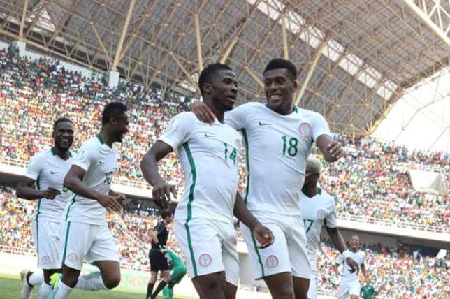 Alex Iwobi Wants Tight Buddy, Iheanacho at Arsenal