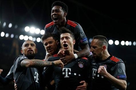 Bayern Munich Humiliates Arsenal Again Amid Chants Of #WengerOUt