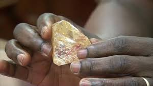 Pastor Finds Large Diamond Weighing 706 Carats, Returns It To The Government