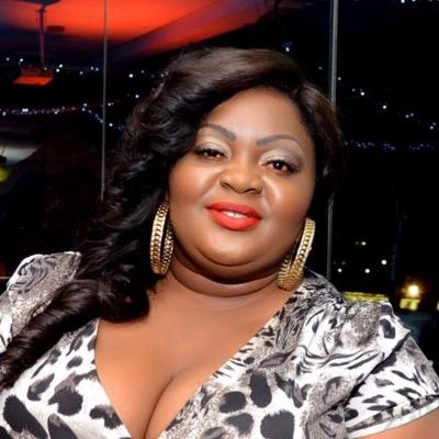 SO SAD! Actress, Eniola Badmus Loses Dad
