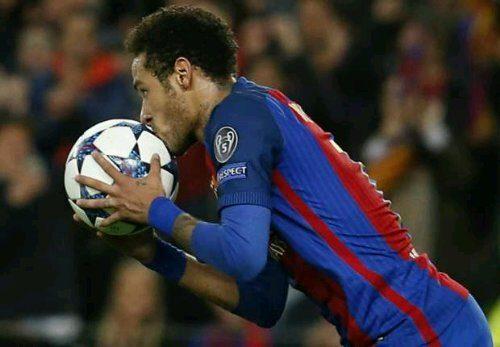 Neymar Drops Huge Man Utd Transfer Hint
