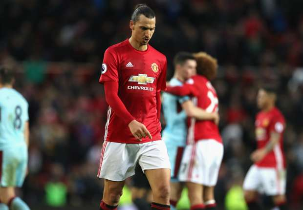 Manchester United Lose Grip on Top Four With Chaotic Draw Against 10-man Bournemouth