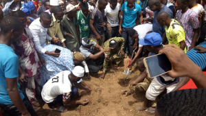 Late Senator Isiaka Adeleke Buried Amidst Wailing