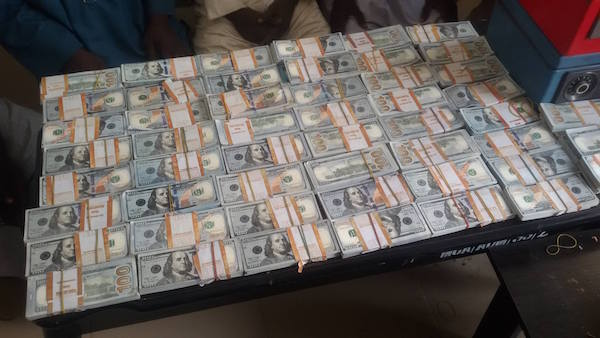 Notorious Foreign Exchange Counterfeit Syndicate Arrested By EFCC