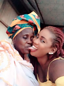 Some Nigerians Think This Photo Of A Lady And Her Mum Is Inappropriate