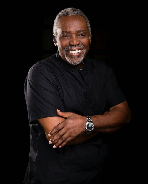 Veteran Actor Looking Young As Ever In New Photo As He Turns 75!