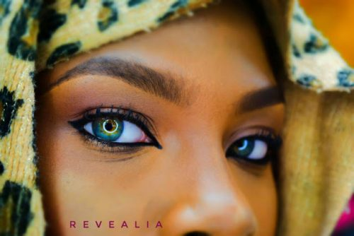 Girl With Beautiful Coloured Eyes  Whose Photos Went Viral Gets Proper Photo Shoot (Look)