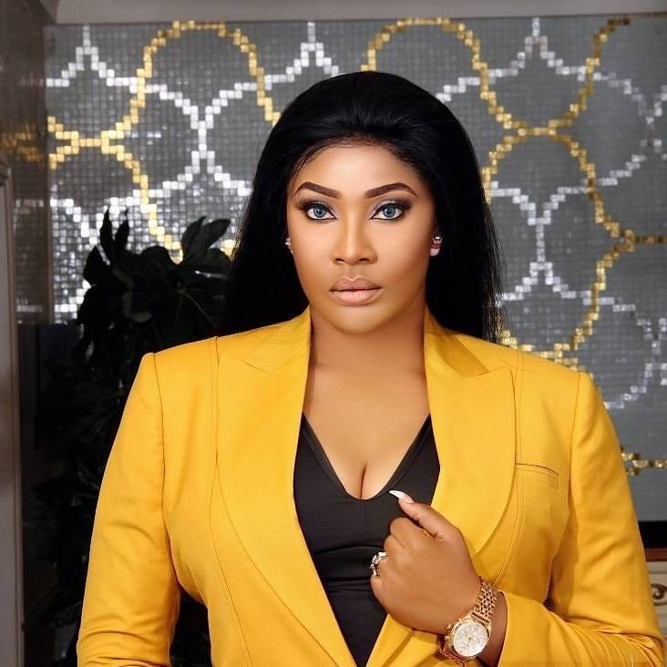 Actress Angela Okorie Thanks God For Saving Her From Armed Robbers On Her Bitthday, Releases New Beautiful Photos