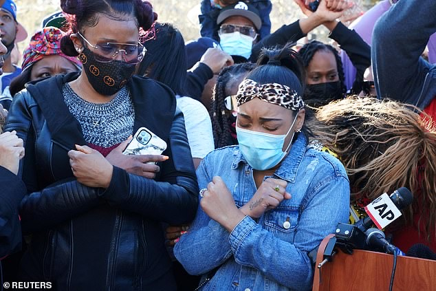 L-R: DMX'S ex-wife Tashera Simmons and his fiancé, Desiree Lindstrom during a prayer vigil outside of White Plains Hospital today in White Plains, N.Y.